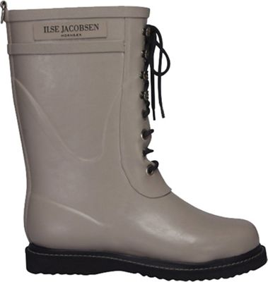 Ilse Jacobsen lace up boots for women in Atmosphere - a putty greige color. #ilsejacobsen #fashionover50