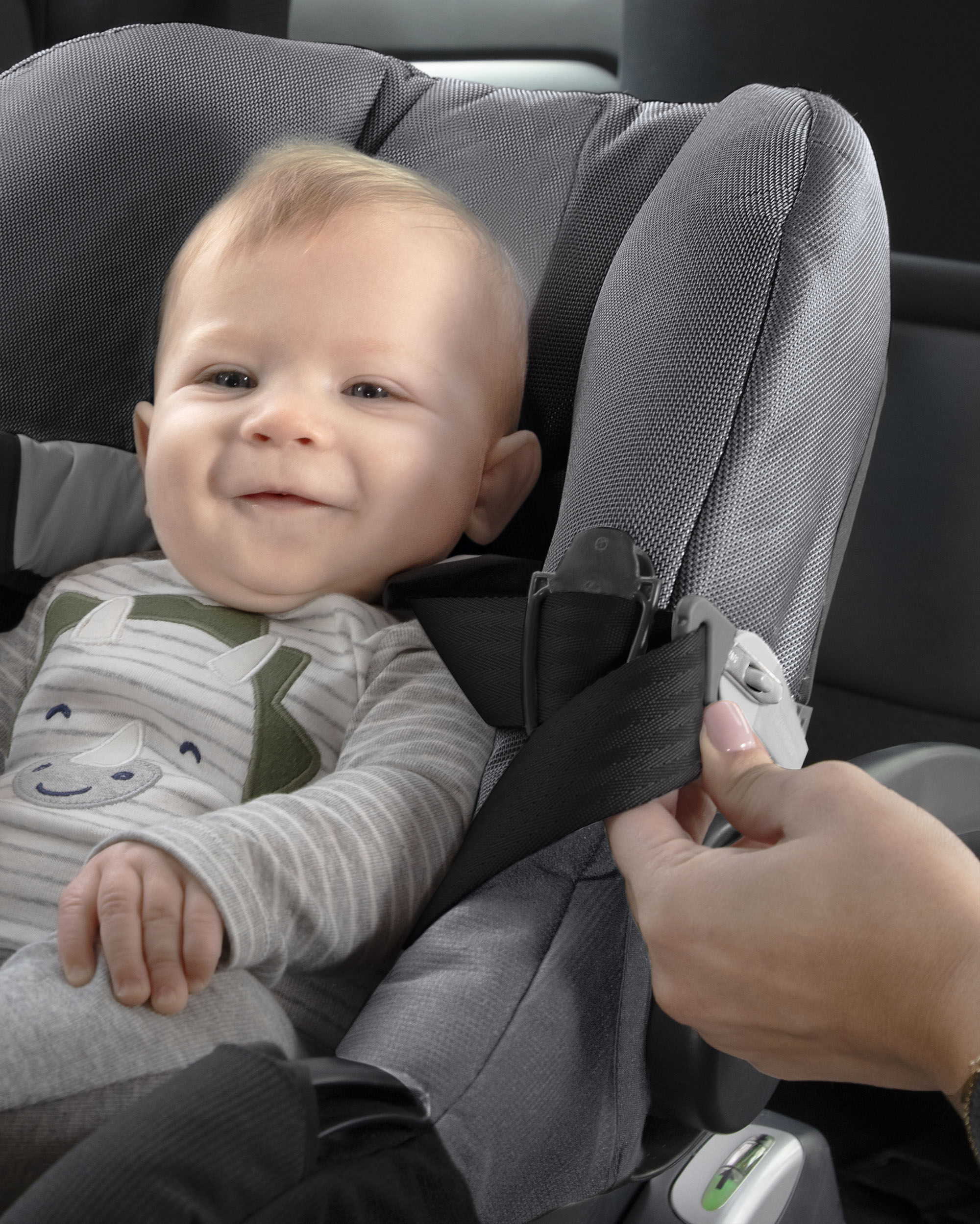 Carters Car Seat Harness Magnets - Charcoal